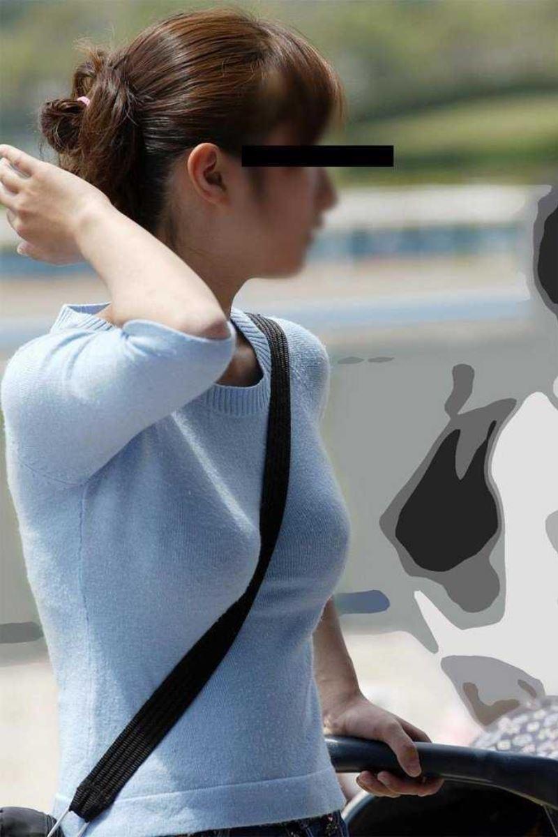 パイスラして巨乳を強調しちゃう素人さん (20)