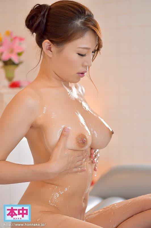 ナイスバディ美女が迫力SEX、凛音とうか (2)
