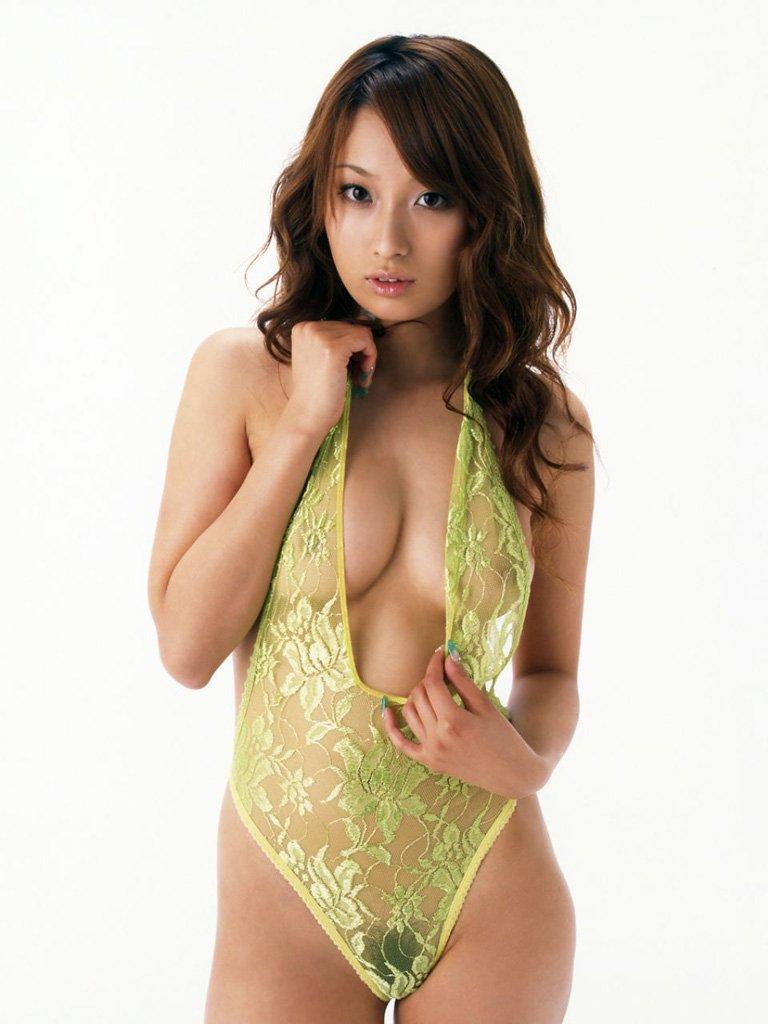 裸が透けて見えてるセクシーランジェリー (13)