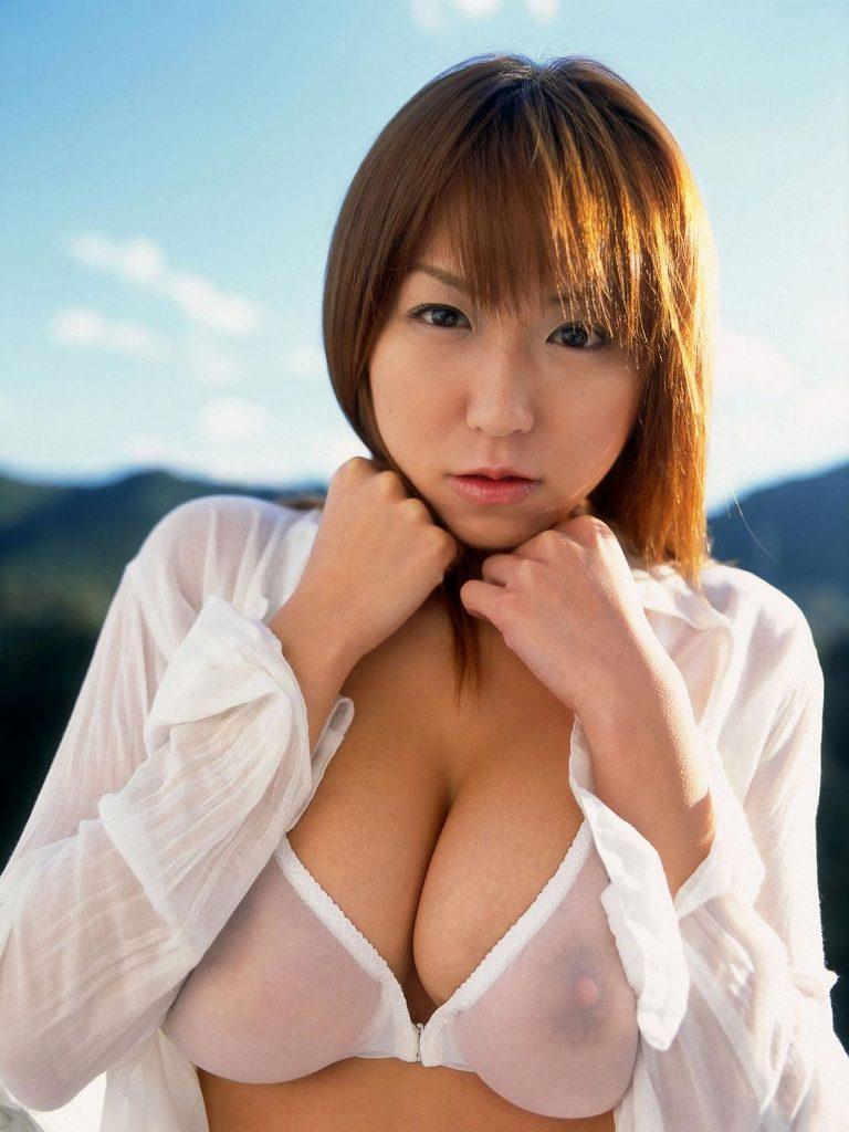 裸が透けて見えてるセクシーランジェリー (20)