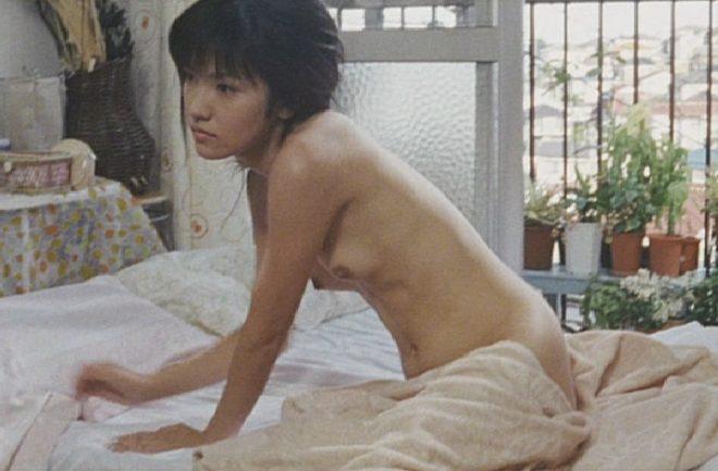 美しい女優が濡れ場でヌードになっちゃう (8)