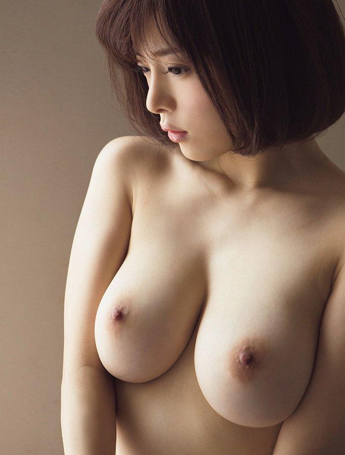 綺麗な美乳が素晴らしい (12)