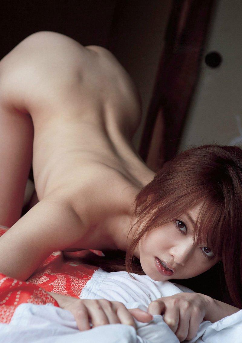 背中と腰と尻のバランスが見事な後ろ姿 (20)