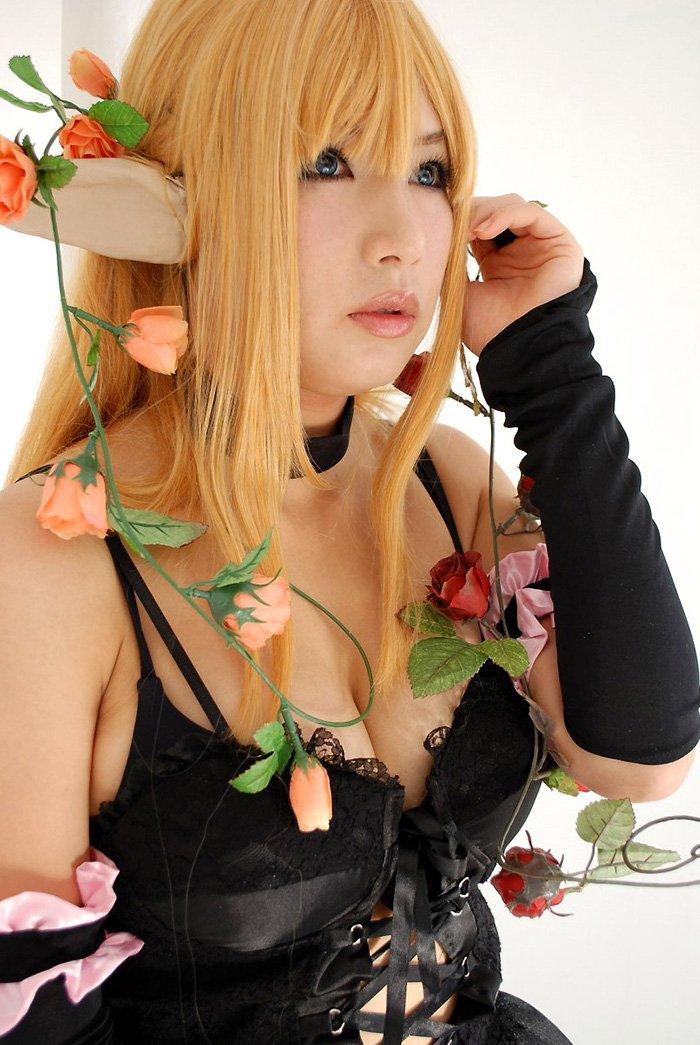 エロくて可愛いコスプレ女性 (13)