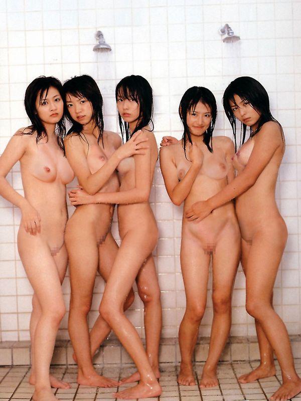 ヌード女性の集合写真 (7)