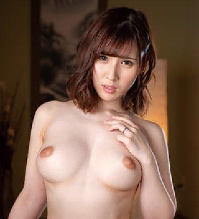 淫乱な人妻が濃厚なSEX、皆瀬杏樹 (1)