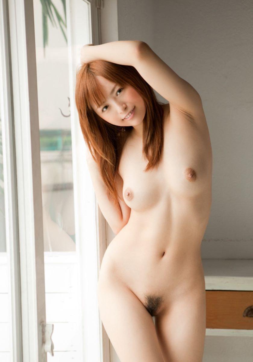 美しいヌード姿の美しい女性 (10)