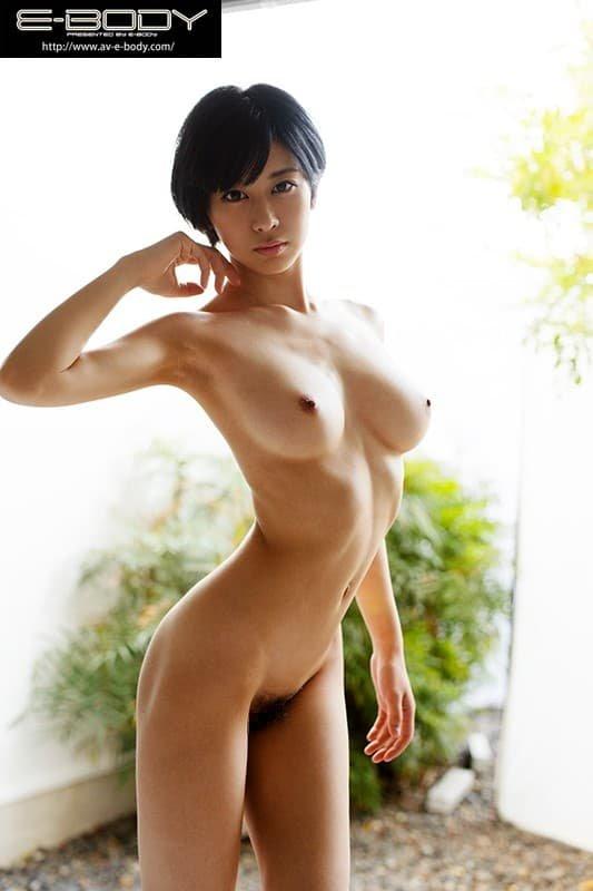 スレンダー巨乳で濃厚SEX、佐々木れい (2)