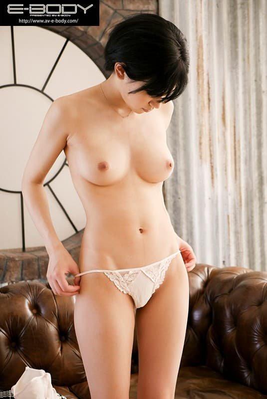 スレンダー巨乳で濃厚SEX、佐々木れい (3)