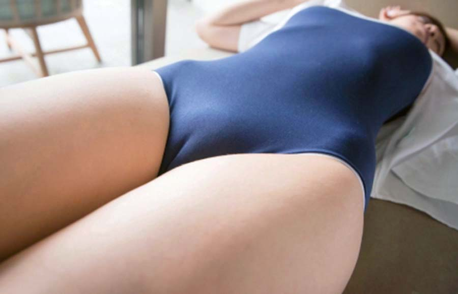 スクール水着の可愛さとセクシーさ (12)
