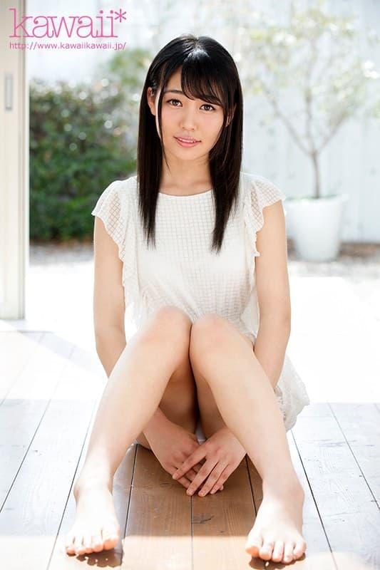 清純な女子大生が初めてのSEX、白川杏果 (3)