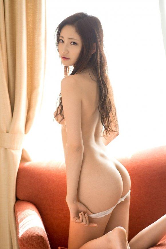 女性の尻を横から眺める美しさ (7)