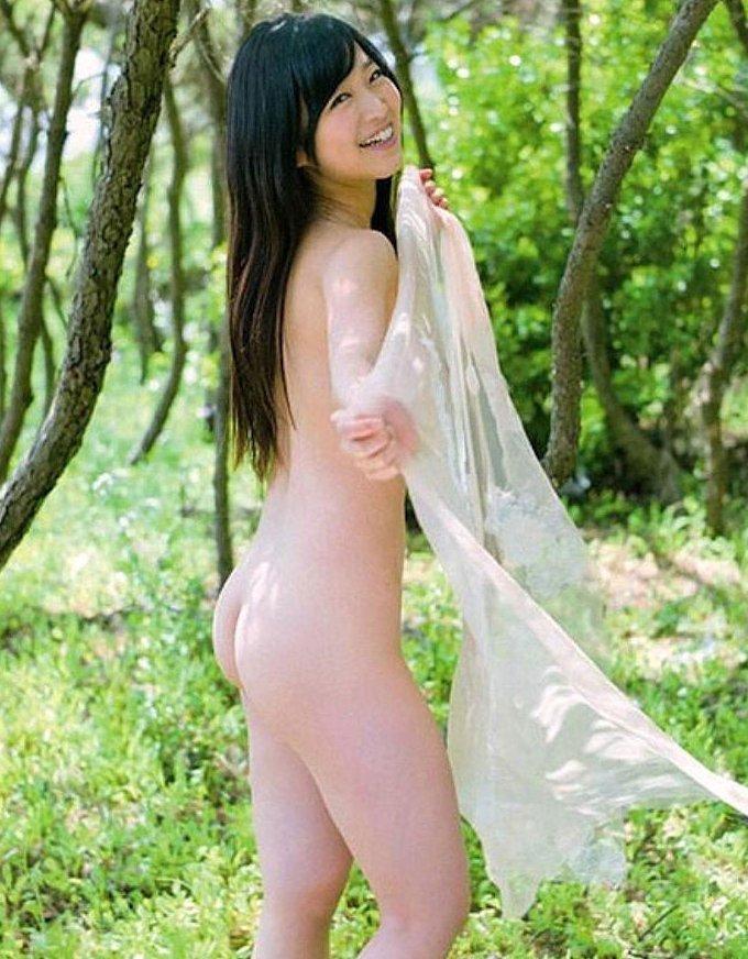女性の尻を横から眺める美しさ (20)