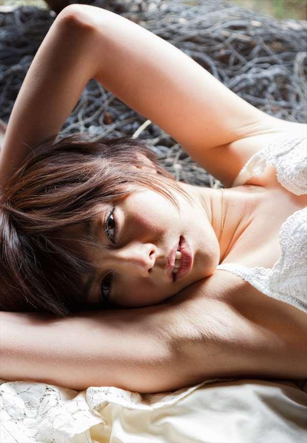 モデルからAV女優になった美女、卯水咲流 (5)