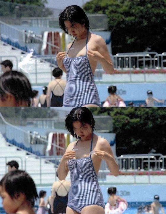ビキニなどの水着から乳首がハミ出しちゃったハプニング (8)