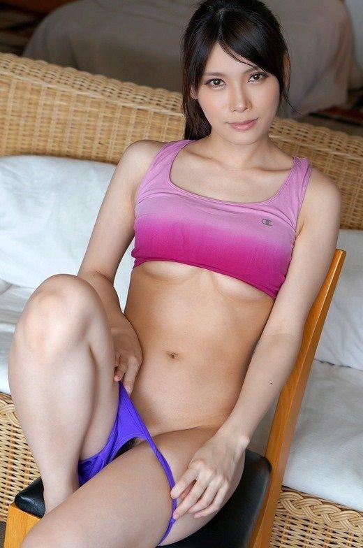 スポブラ姿の美女が健康的でエロい (8)