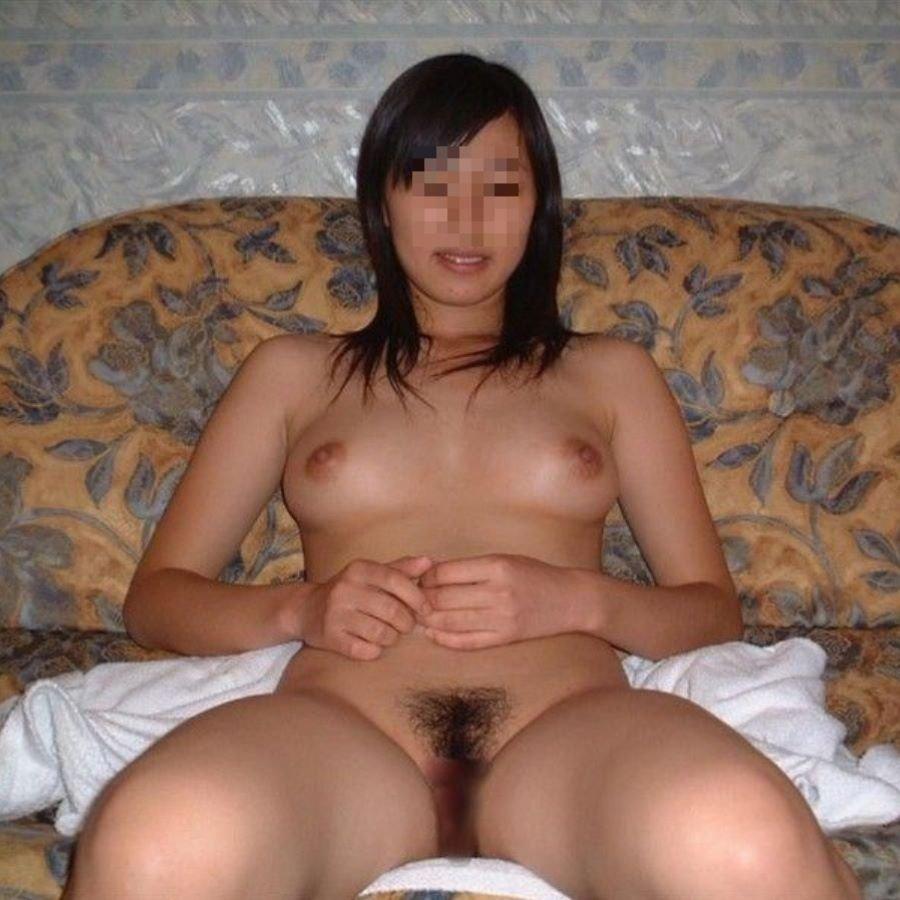 ラブホでセックスする前に撮影された、素人女性たちのヌード姿