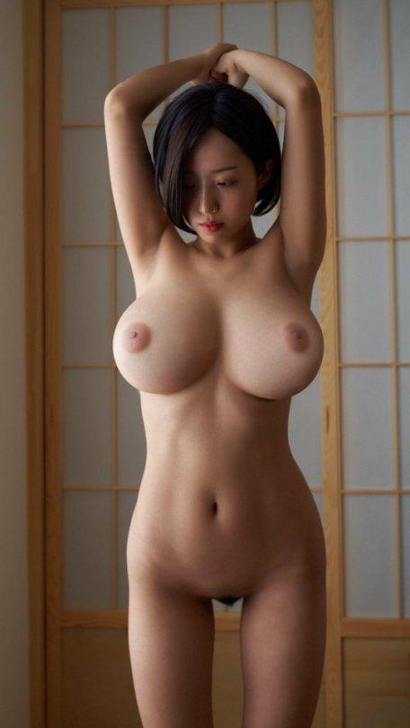 見事な美巨乳の女の子 (12)