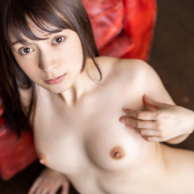 【成宮りか】色白なハーフ美少女の恥じらいセックスで濃厚中出し