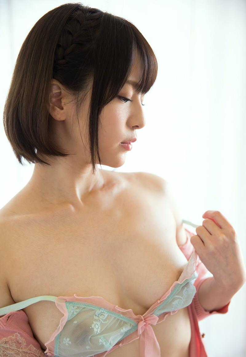 可愛い下着を着るエッチな女の子 (7)