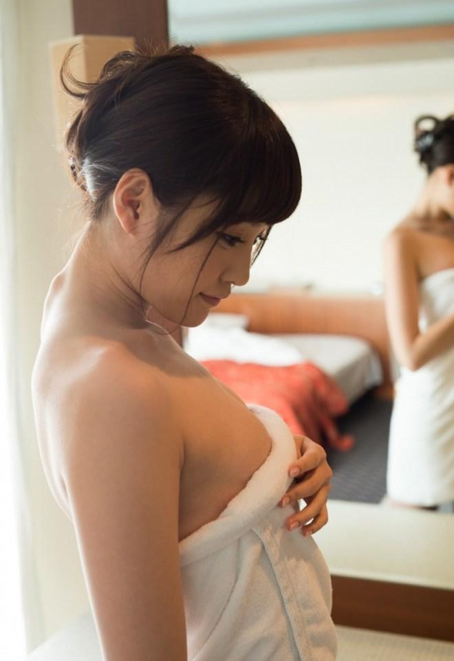 童顔美少女の恥じらいSEX、橋本ありな (14)