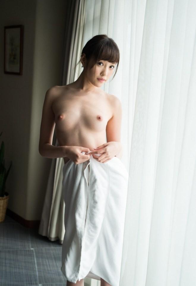 童顔美少女の恥じらいSEX、橋本ありな (15)