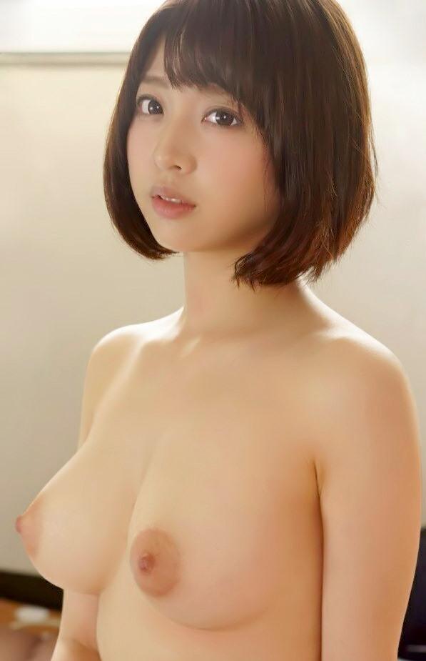 綺麗な女の子の綺麗な美乳 (19)