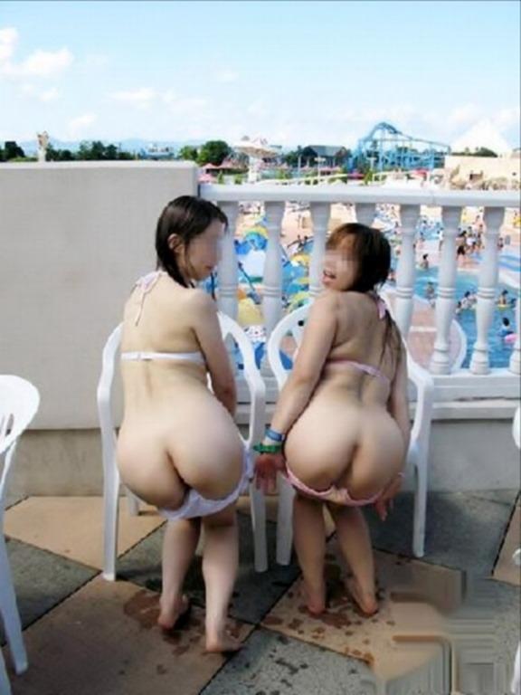 悪ふざけで裸になっちゃう素人さん (11)