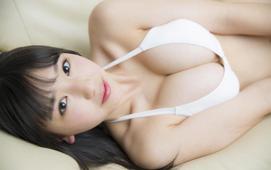 可愛い顔にエッチな体、沢口愛華 (12)