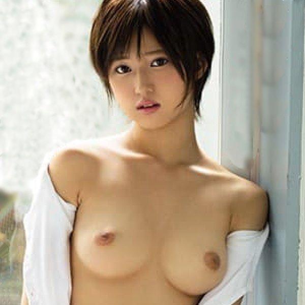 パイパン美少女の初々しいSEX、有季なお (1)