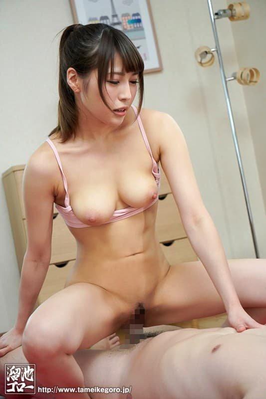 エッチな奉仕をする美女、日向うみ (11)