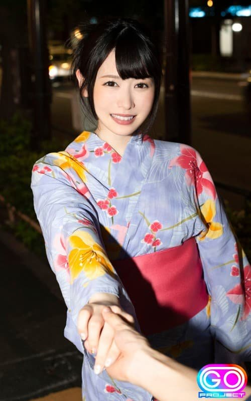 透明感ある美少女の恥じらいSEX、志田雪奈 (2)