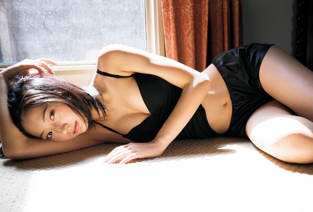 エッチで可愛い女優の水着姿、武田玲奈 (7)