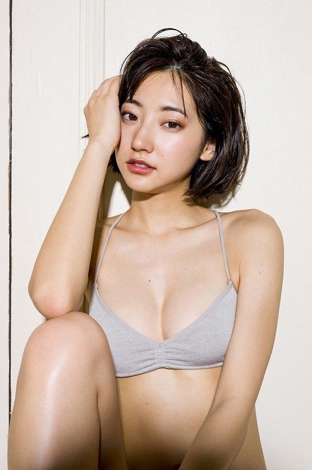 エッチで可愛い女優の水着姿、武田玲奈 (10)