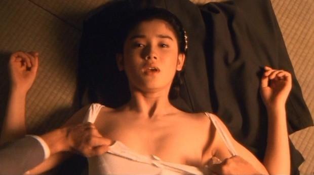 女優が映画で裸になってるシーン (7)