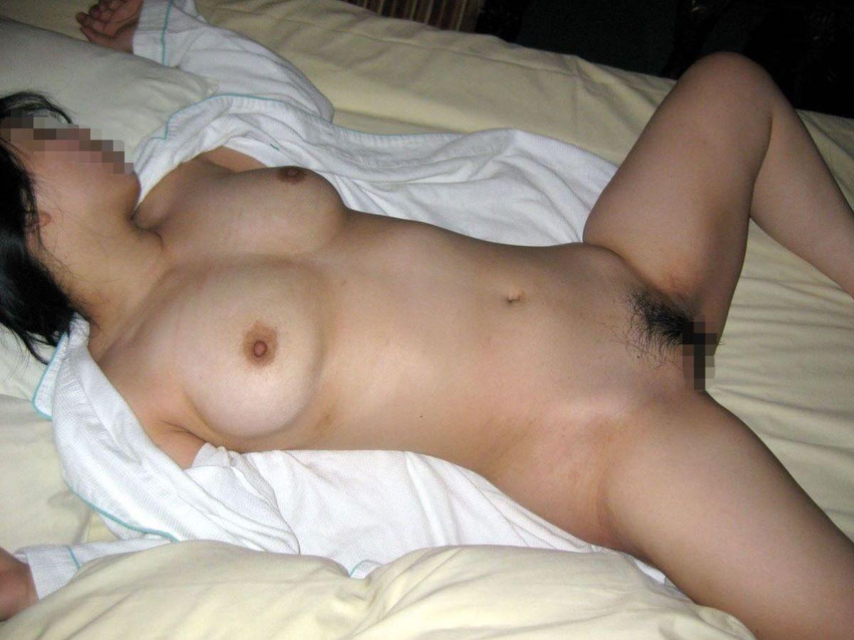 素人ヌードをラブホテルで撮影 (8)
