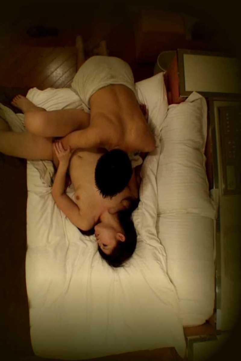 ラブホテルでSEX中の男女を撮影 (13)
