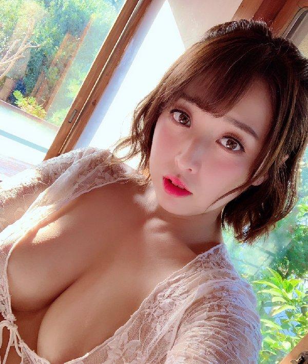 美巨乳CAが圧巻のSEX、篠崎かんな (2)