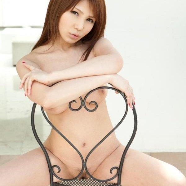 オールヌード画像 全裸の細身べっぴん美女150枚w ほか