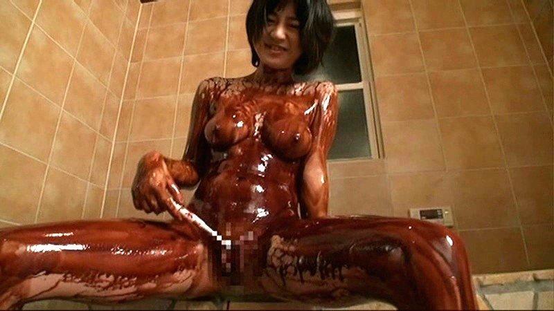 チョコを塗られた女の子 (6)
