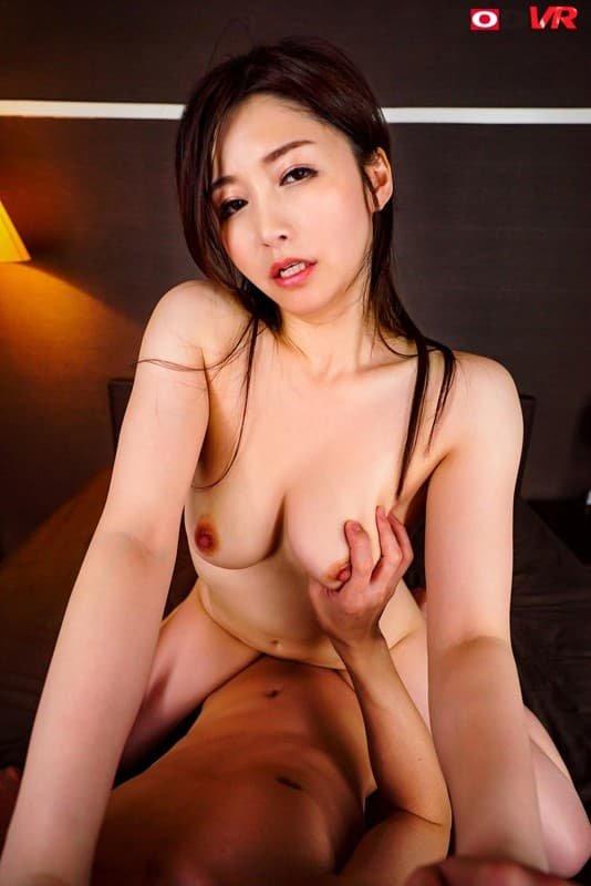 巨乳の人妻が激しくSEX、三浦歩美 (7)
