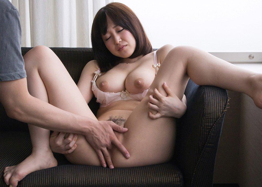 巨乳痴女の濃厚SEX、篠田ゆう (16)