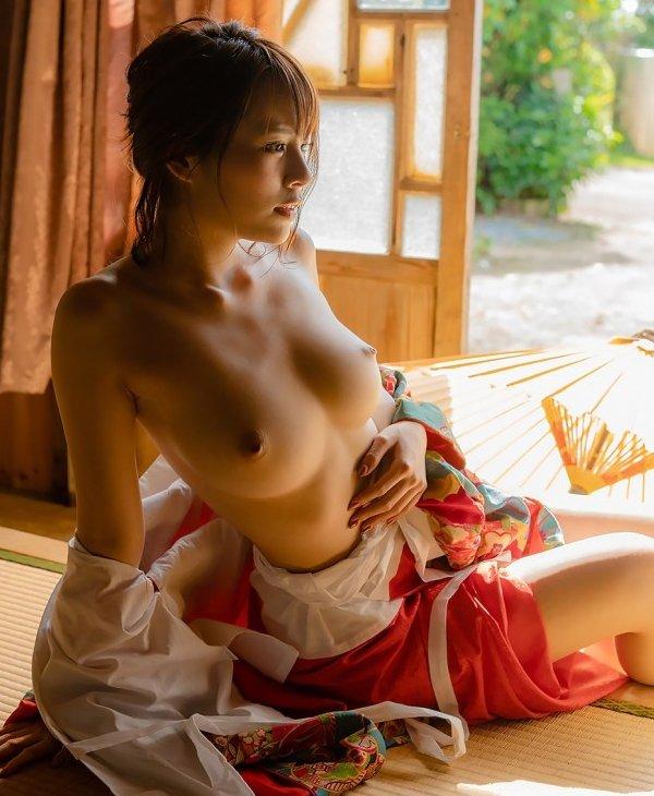圧倒的ボディの美少女が圧巻のSEX、伊藤舞雪 (3)