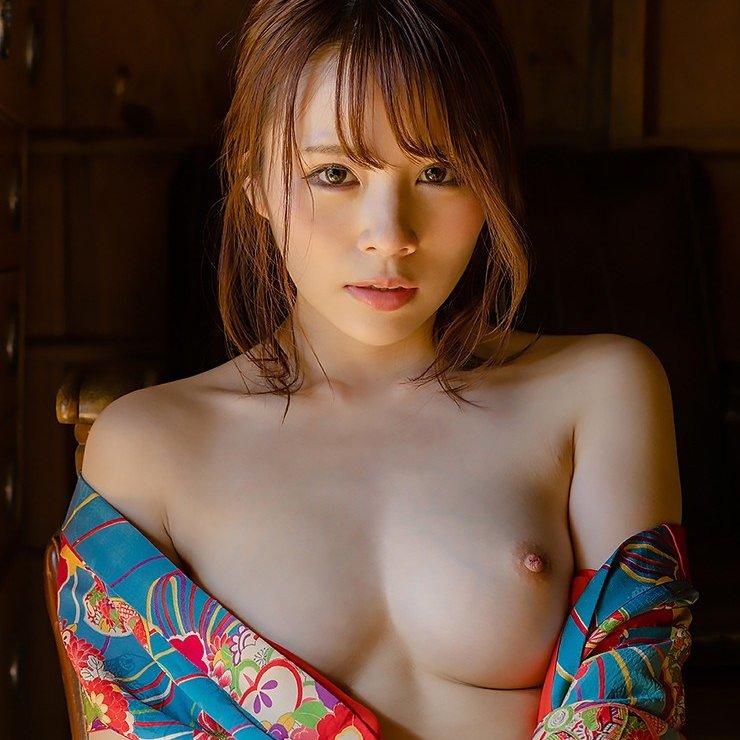 圧倒的ボディの美少女が圧巻のSEX、伊藤舞雪 (1)