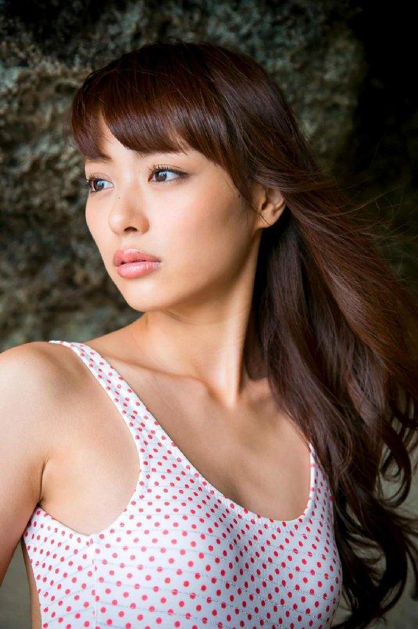 エロさと可愛さを併せ持つ女優、内田理央 (11)