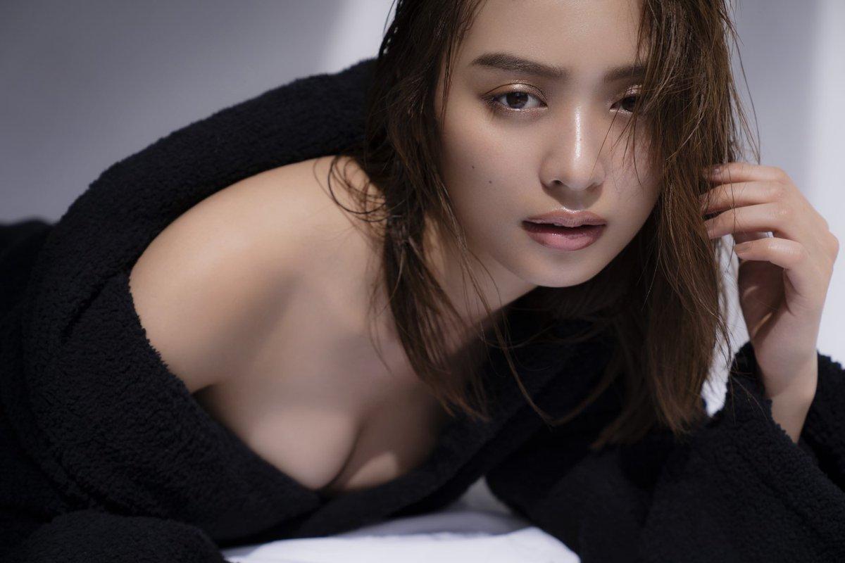 エロさと可愛さを併せ持つ女優、内田理央 (9)