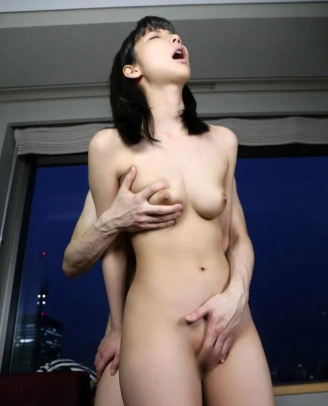 ナイスバディのアイドル顔で濃厚SEX、あけみみう (9)