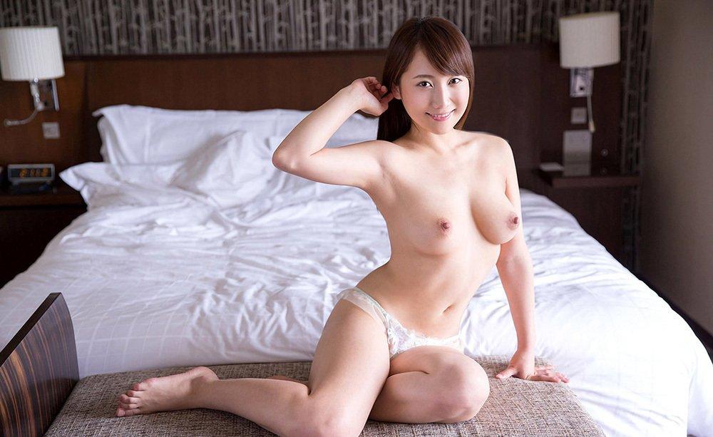 美乳が素晴らしいヌード (12)