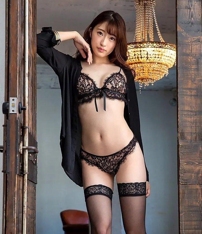モデル系美女の淫乱SEX、星宮一花 (2)