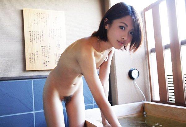 可愛い女の子の美しい貧乳ヌード (11)